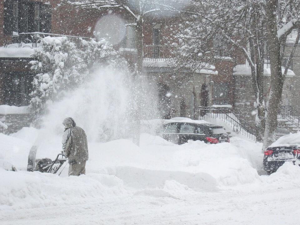 расчистка дорог от снега, уборка и вывоз снега